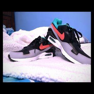 Nike Shoes - Nike AirMax Women's Sneakers